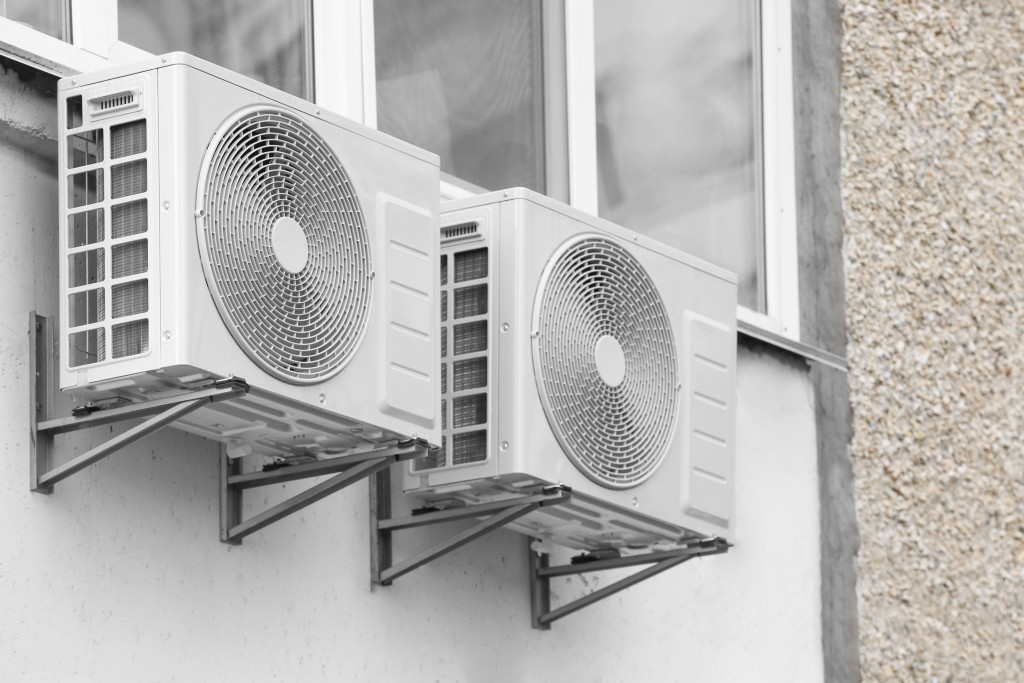 Turn up the heat: Energy Efficient Heat Management in Compressor Operations