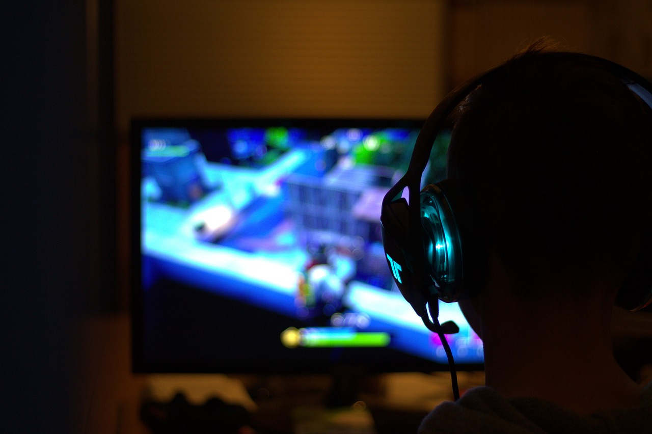 Gamer's Basics: 3 PC Game Types You Can Try Playing